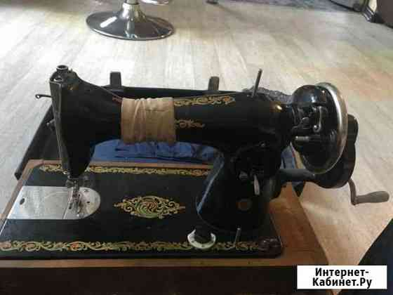 Ручная швейная машинка Омск