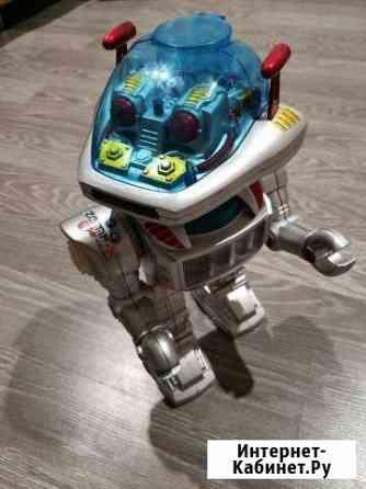 Робот Саратов