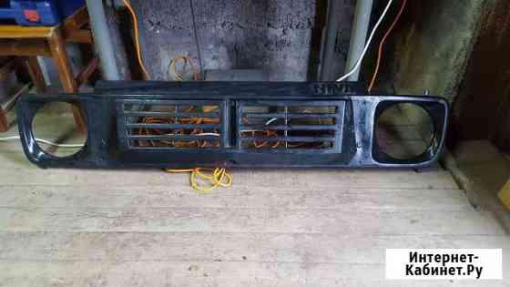 Продам пластиковую решетку радиатора на ниву 2121 Петропавловск-Камчатский