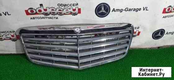 Решетка радиатора Mercedes E320 W211 642.920 2007 Владивосток