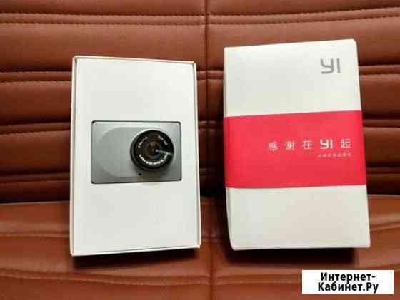 Видеорегистратор новый Xiaomi Yi Smart Dash camera Сыктывкар