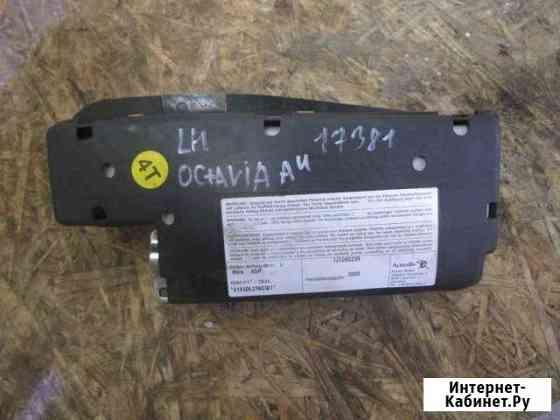 Подушка безопасности боковая левая Skoda Octavia Челябинск