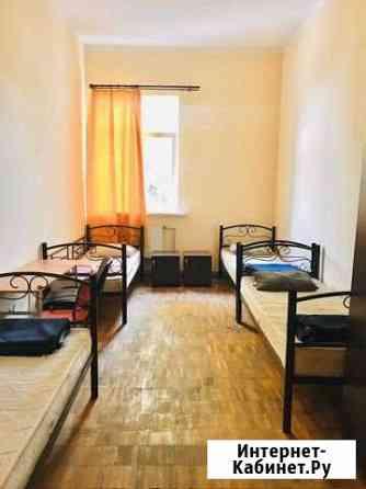 Комната 30 м² в > 9-ком. кв., 2/3 эт. Севастополь