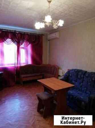 Комната 18 м² в 4-ком. кв., 4/14 эт. Волгоград