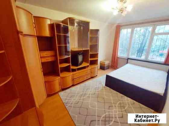 Комната 12 м² в 3-ком. кв., 2/5 эт. Санкт-Петербург