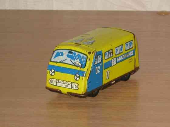 Микроавтобус 02 милиция СССР Раф Ераз? жестяной Москва