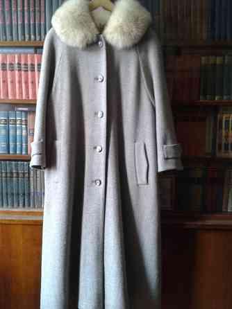 Зимнее пальто с меховым воротником. 48–50 (XL) Санкт-Петербург