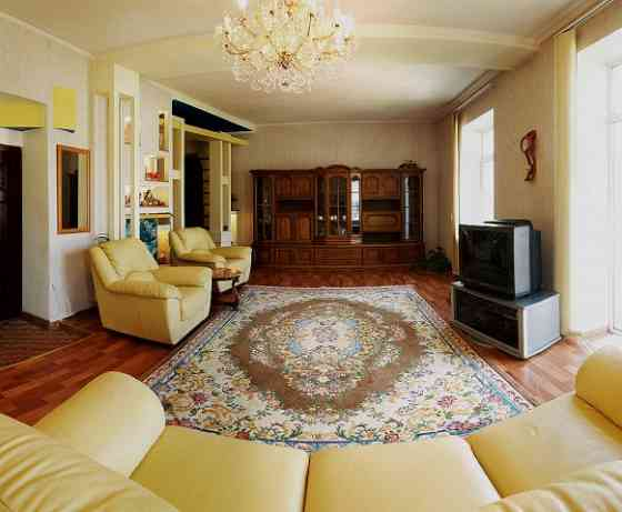 3-комнатная квартира, 110 м², 3/3 эт. Севастополь