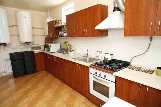 Комната 15 м² в 4-ком. кв., 2/2 эт. Севастополь