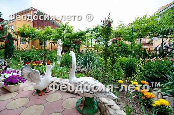 Сдам дом в Феодосии с садом у моря Москва