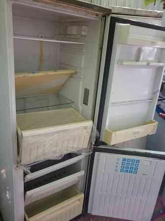 Холодильник в основном двухкамерные. от 4500 до 19000р Воронеж