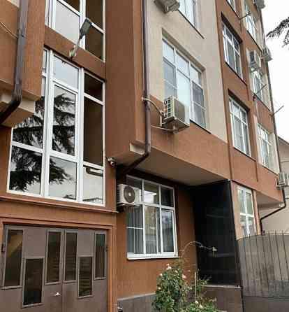 1-комнатная квартира, 35 м², 1/6 эт. Сочи