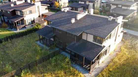 Дом 190 м² на участке 6 сот. Москва