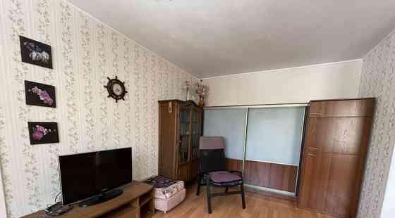 Комната 35 м² в 2-ком. кв., 3/5 эт. Бийск